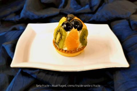 Tarta Fructe - Crema de vanilie, fructe.